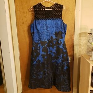 Donna Ricco new york blue and black dress